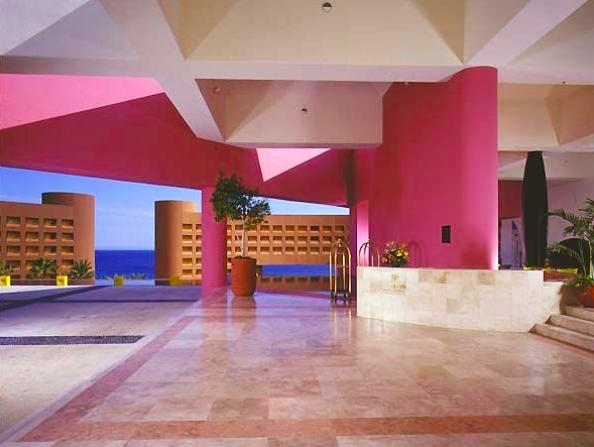 1980's hotel lobby