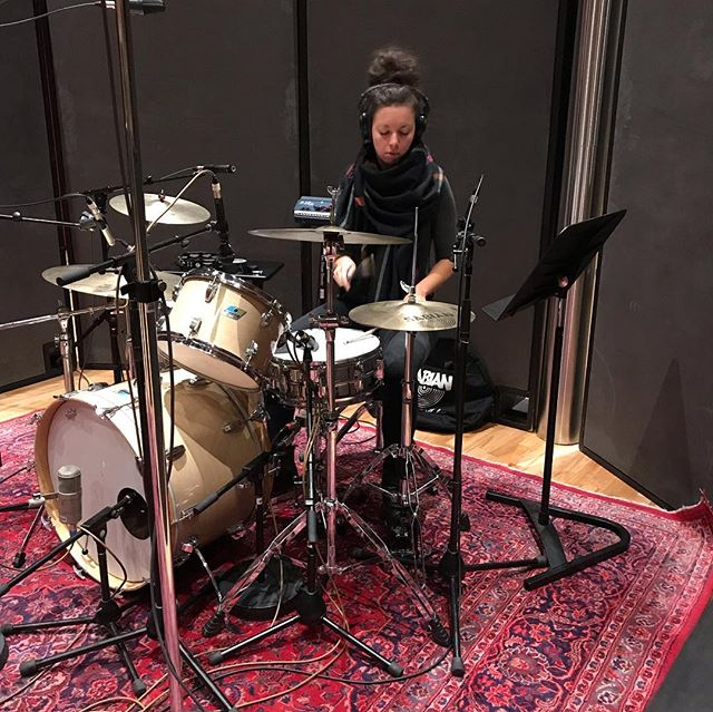 Day 1 at @revolutionrecording with @ghostcaravan @shainasb @missriegz @julianaeye @michello____ @rachaelcardiello with a special guest appearance by Mark Gane of#marthaandthemuffins #indiemusic #recordingstudio #newmusic #thefutureisfemale #womeninmusic #femaleempowerment #vocals #drums #keyboards #strings #stringsection #electricguitar