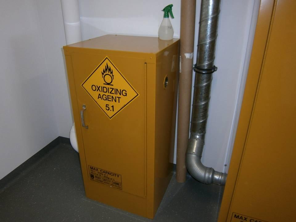 Oxidising goods cabinet