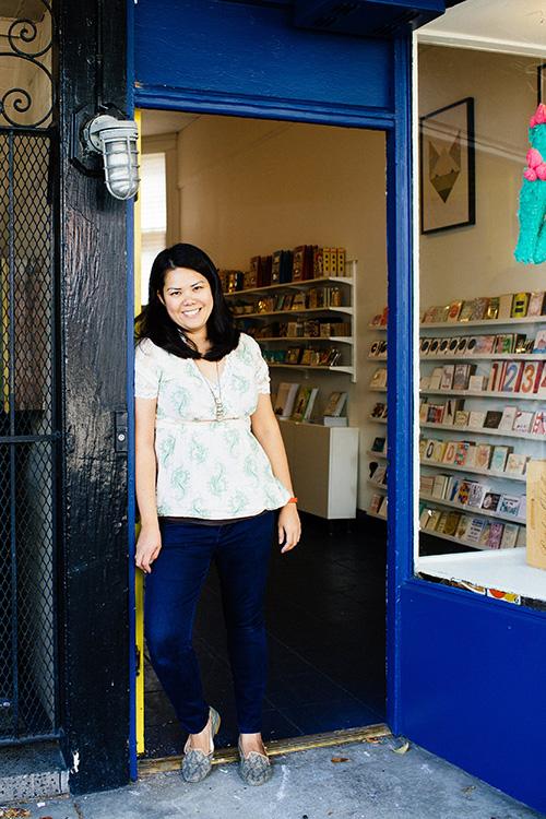 Pictured:Giselle Gyalzen www.raredevice.net Photo:Sarah Deragon www.portraitstothepeople.com