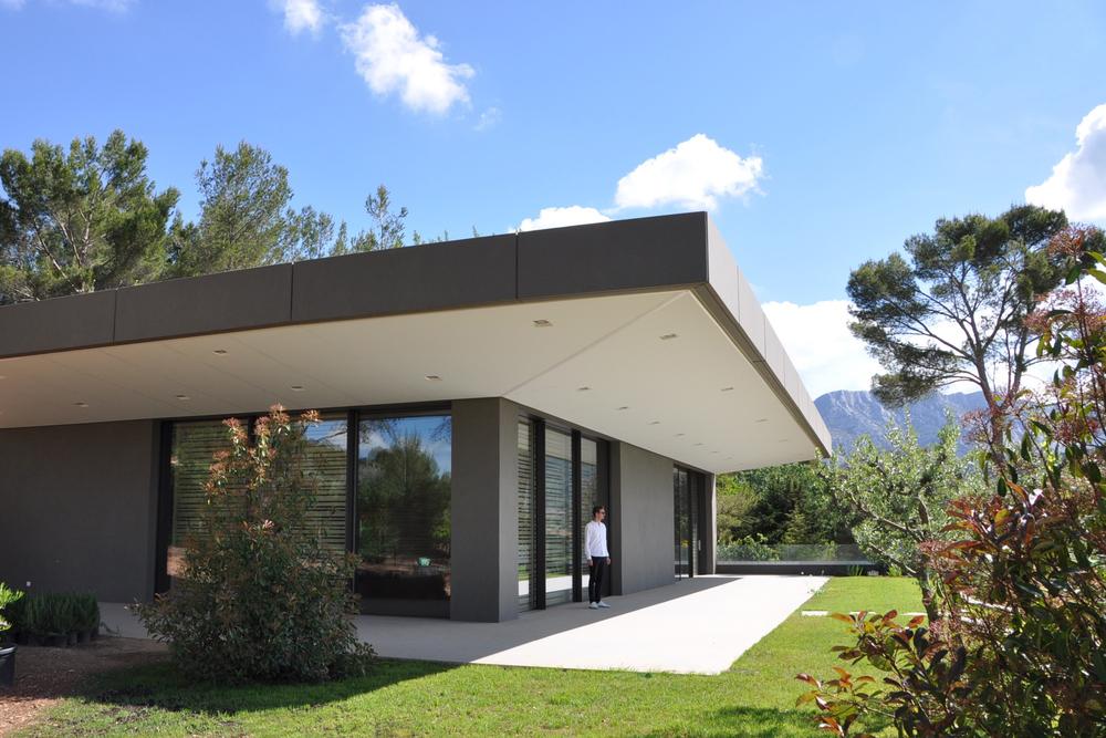 maison architecte aix en provence segu maison. Black Bedroom Furniture Sets. Home Design Ideas