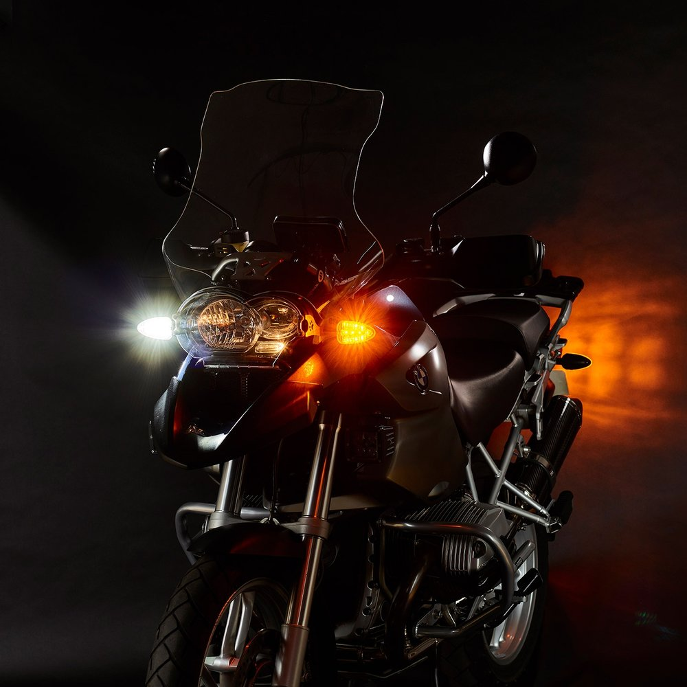 weiser-2-in-1-driving-light-blinkers-legacy-extreme-2-web.jpg