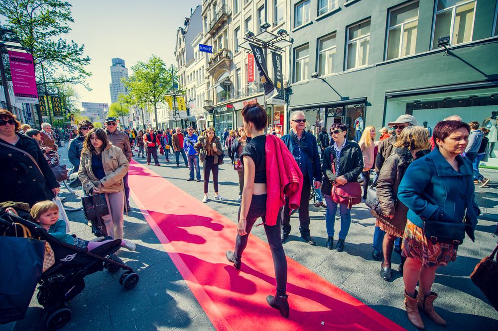 2016-05-01 - Meir Catwalk - Rode Loper @ Antwerpen - 049.jpg