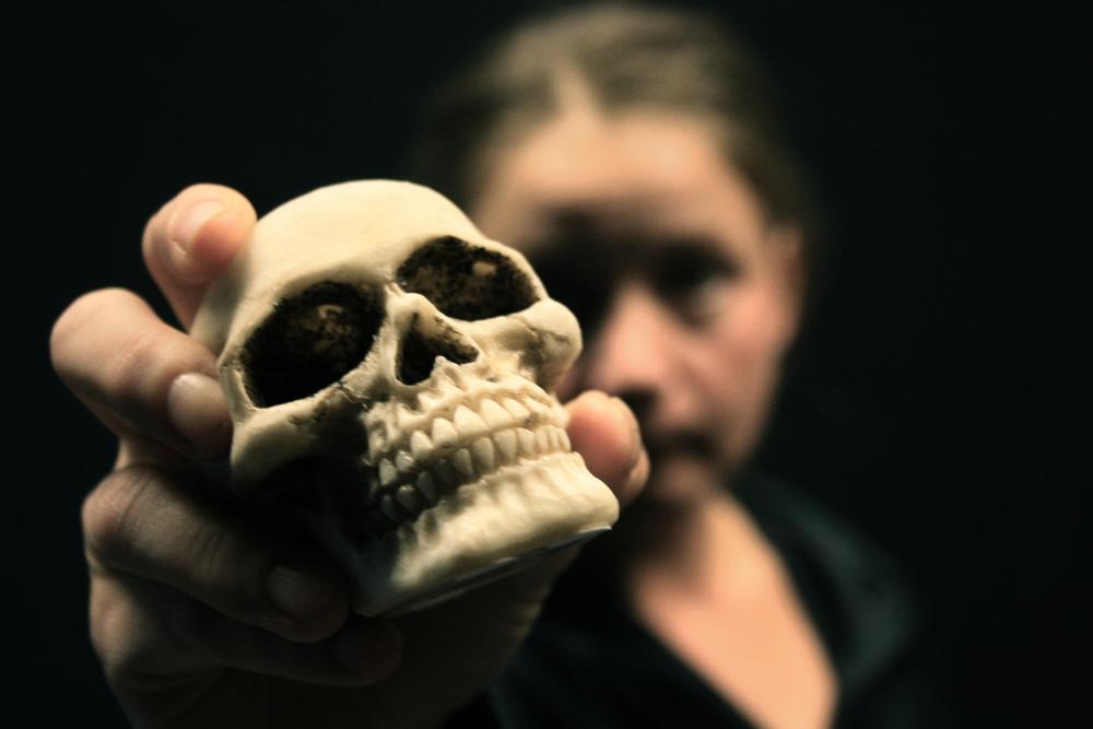 """""""Hamlet II: exit ghost""""©Jörgen Dahlqvist/ Teatr Weimar"""
