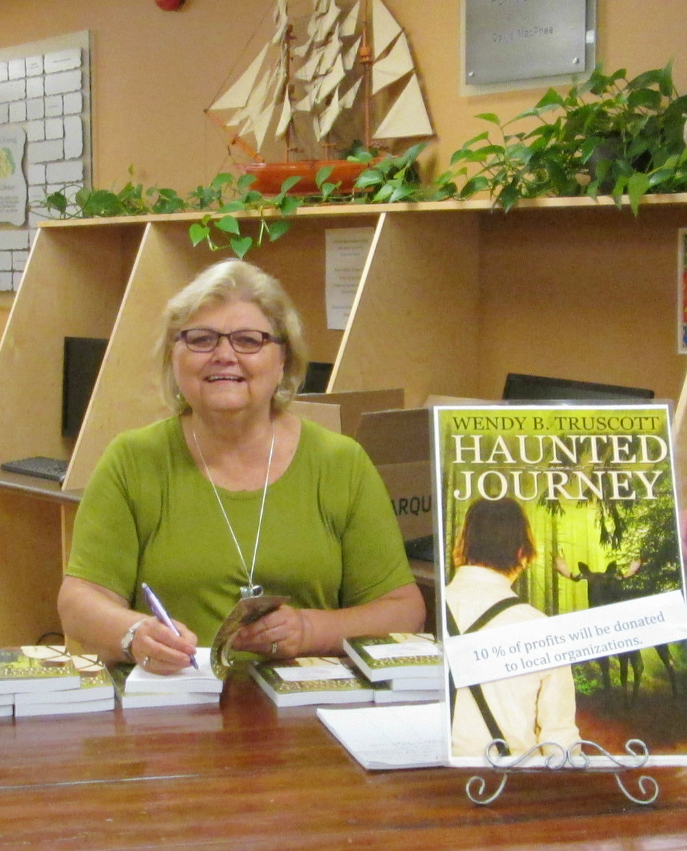 wendy's book launch 001.JPG