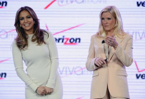 Jennifer+Lopez+Verizon+Wireless+Announce+Viva+jd1JzCJd4Lbx.jpg