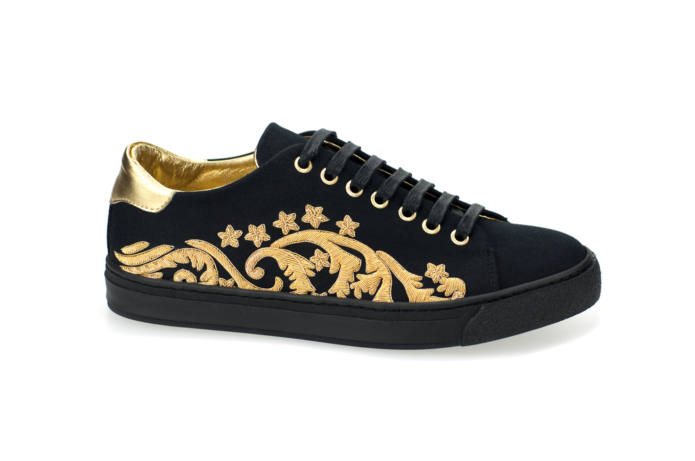 EMBROIDERED MILITARY SNEAKER