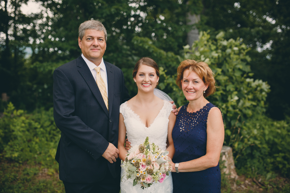 vamountainvineyards-weddings-weddingphotographer-virginia-patcoriphotography(157of800).jpg