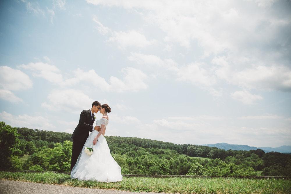 PatrickHenry-Weddings-WeddingPhotographer-PatCoriPhotography(685of1267).jpg