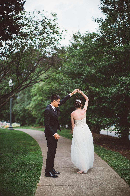 PatrickHenry-Weddings-WeddingPhotographer-PatCoriPhotography(942of1267).jpg