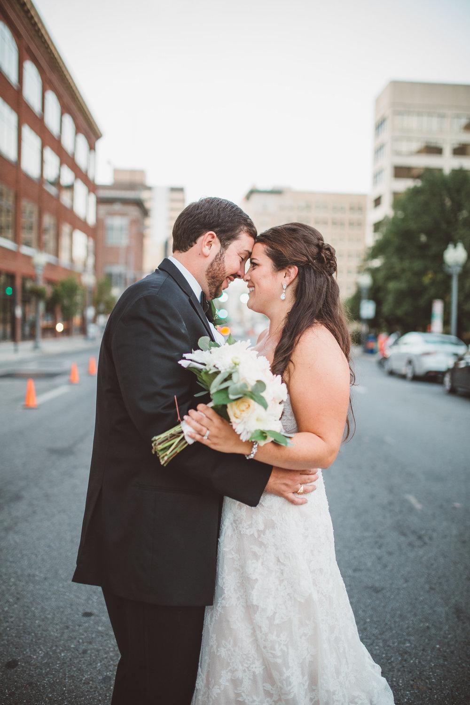 PatrickHenry-Weddings-WeddingPhotographer-PatCoriPhotography(572of880).jpg