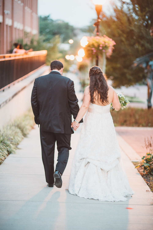 PatrickHenry-Weddings-WeddingPhotographer-PatCoriPhotography(595of880).jpg