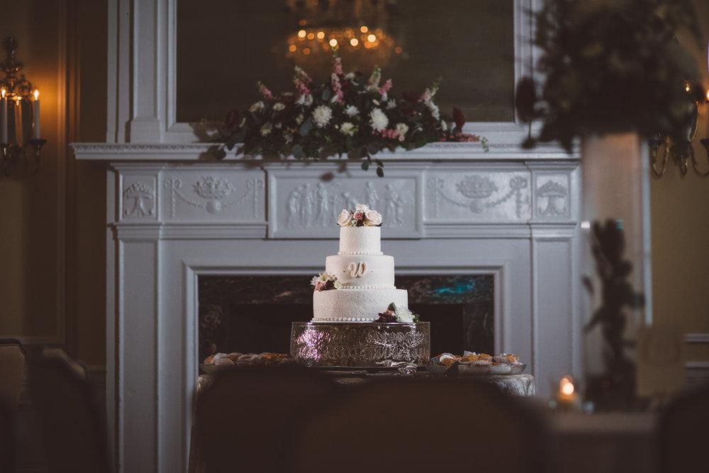 PatrickHenry-Weddings-WeddingPhotographer-PatCoriPhotography(520of880).jpg