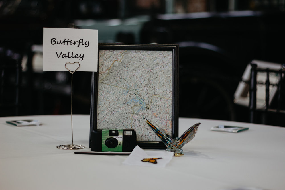 VirginiaTransportationMuseum-Weddings-WeddingPhotographer-PatCoriPhotography-224.jpg