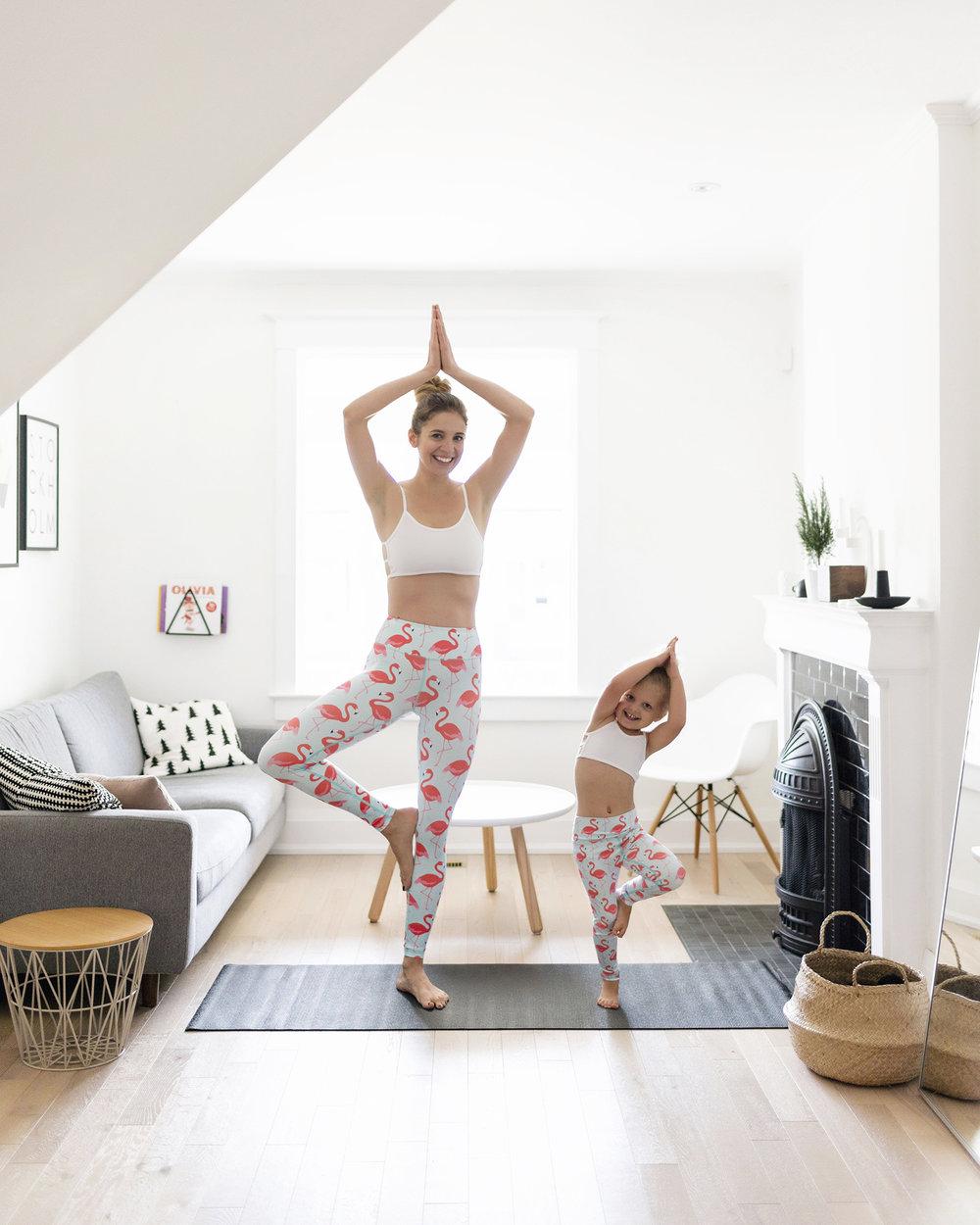 matching-mommy-and-me-yoga-leggings-02.jpg