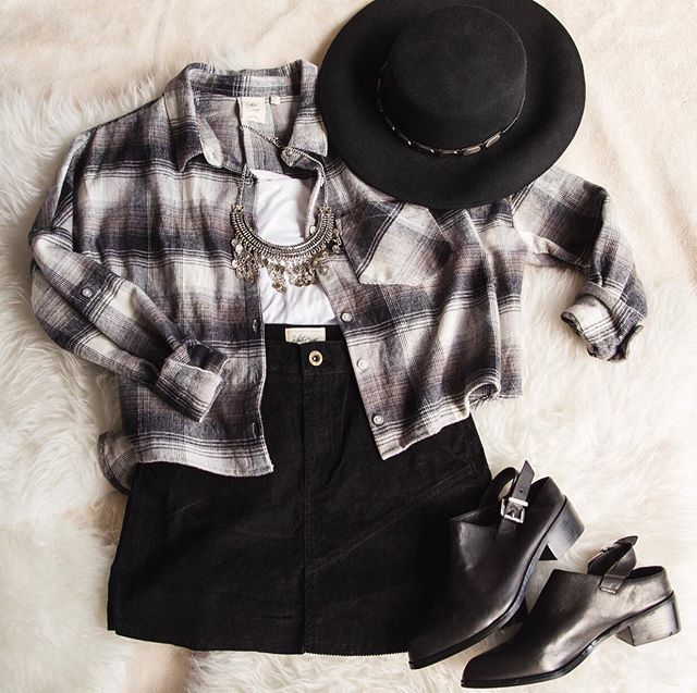 What is fall without a flannel? 🍂 #whitecrowstyle
