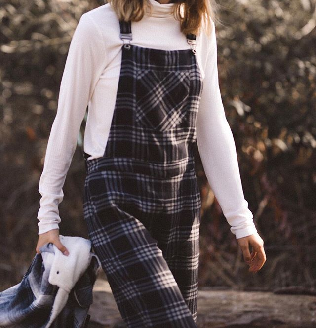 Plaid on plaid 💙 #whitecrowstyle