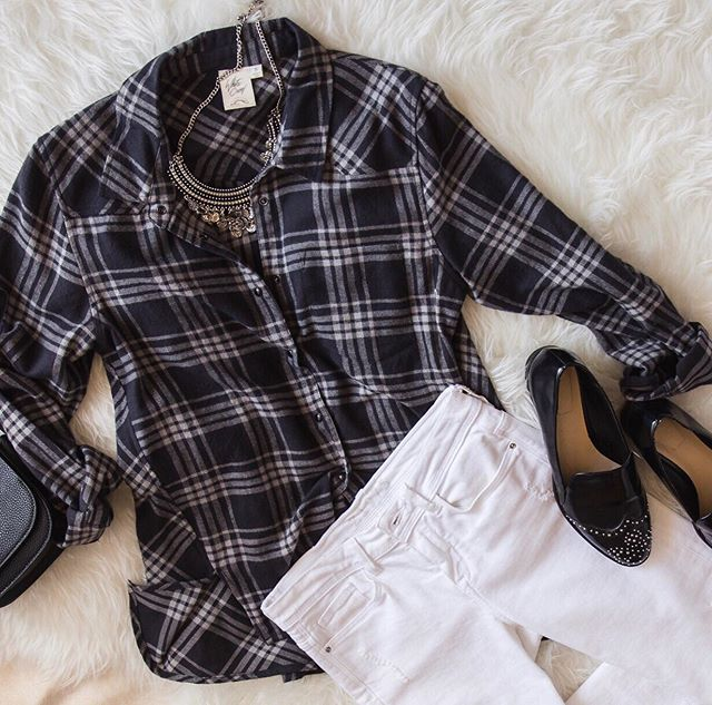 Flannels and denim make for the perfect outfit ✨ #whitecrowstyle