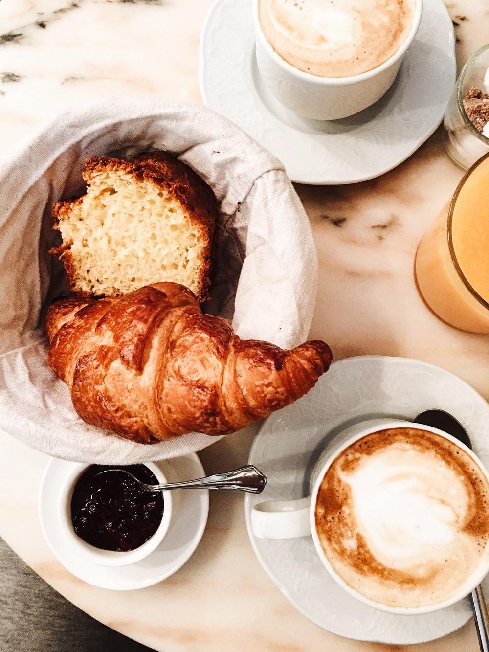 Breakfast at La Bousse