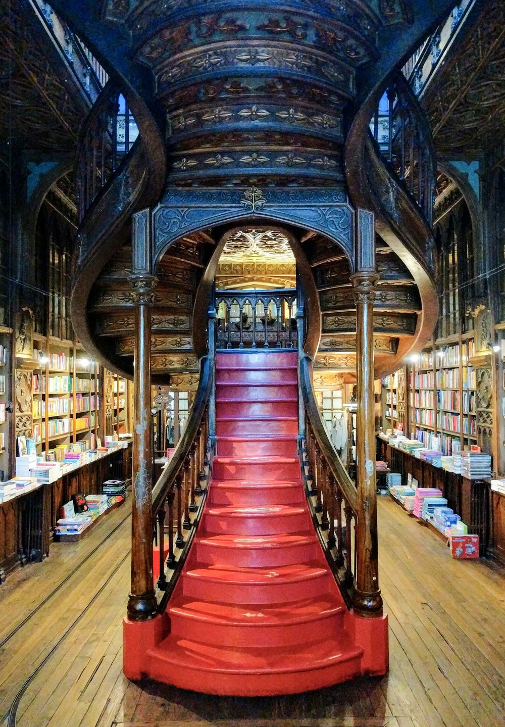 The famous staircase of Livraria Lello