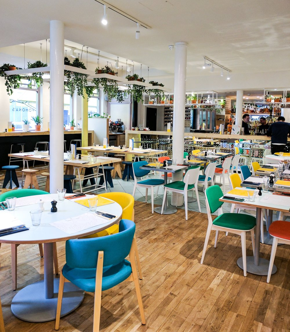 Pomona's - A piece of south California in London, a new addition to Westbourne Grove area, Pomona's interior will brighten up your day with all its bright colours and its brunch will do too.