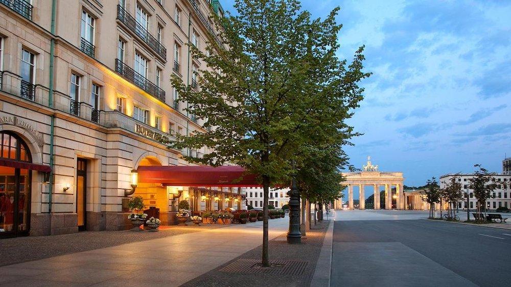 Hotel Adlon exterior © Hotel Adlon