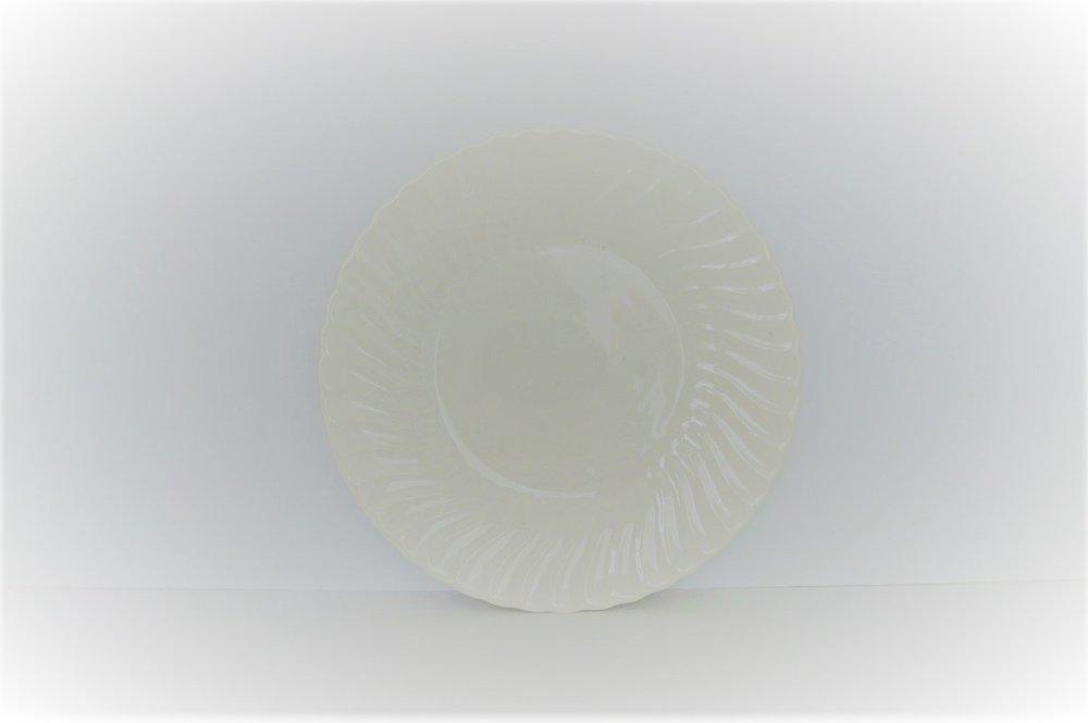 Ivory Ceramic Plate  >>>$6.00 set of 12 plates<<<