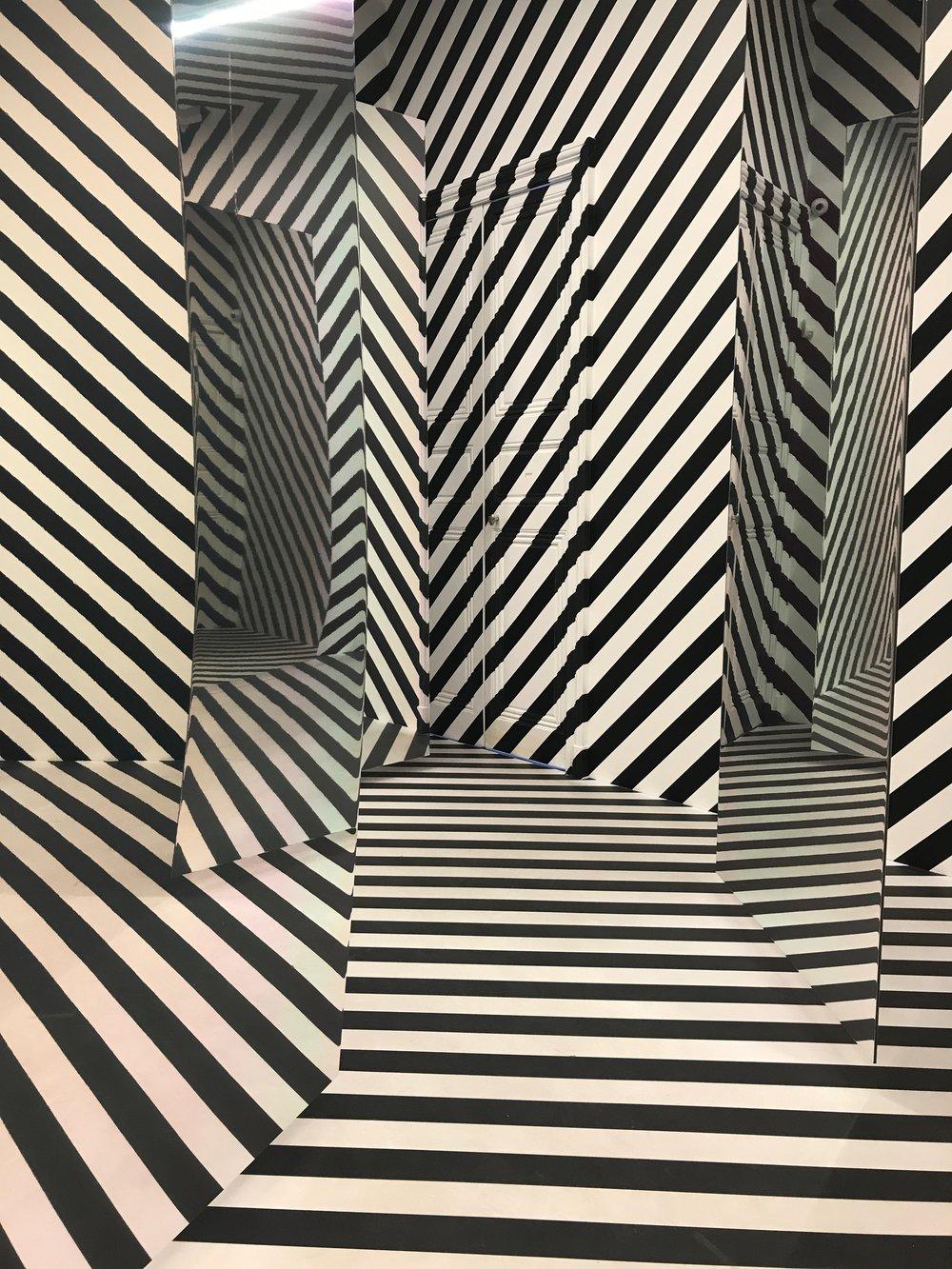 Julio Le Parc_Espace a pénétrer avec trame (Variation dy labyrinthe de 1963)_2017.JPG