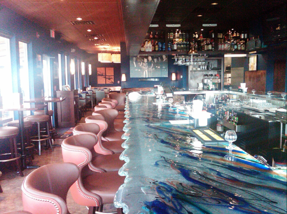Fathom's Bar and Grill