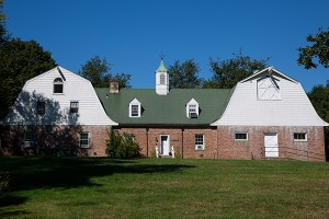 bailey_farm_house-300x200.jpg