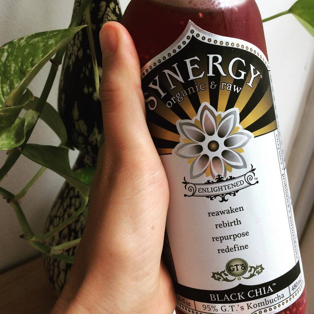 There are certain things (foods, activities, etc) that just make you feel #healthy like sweating or eating dark leafy greens. Drinking #kombucha has that instant effect on me. I do have to say it's an acquired (slightly tangy) taste and expensive (unfortunately) at $4 a 16oz bottle (hence why I only indulge once or twice a week). This #fermented #tea has both #bacteria and #yeast and is naturally #lowsugar. It's great for #digestion, has #immuneboosting properties, helps increase #energy, and some animal studies suggest it has #preventive and #curative effects on a number of #metabolic diseases (too early to confirm). My favorite is #blackchia from @gtskombucha.  FYI: You can totally make your own, and they say it's relatively easy. Haven't tried yet… maybe when Theo is a little older ;)  #bushwicknutrition #bushwick #lazynutrition #lazynutritionist #probiotics