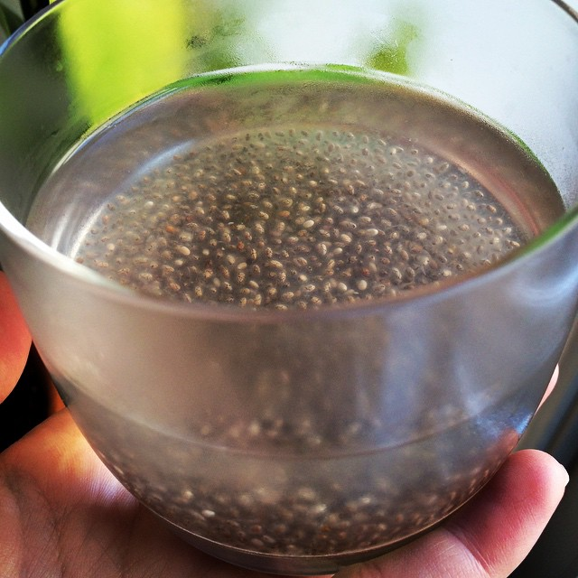 #ChiaSeeds are one of the greatest vegetarian sources of omega-3 fatty acids (#healthyfats). They also have high #antioxidant, #protein, #fiber, and #iron content in addition to having #hydration benefits because of its absorption capacities. I soak chia seeds in water and lime (as pictured) for their energy and #digestion benefits. Leave the seeds in water for at least 30 minutes. One tablespoon per liter should do the trick! Fact: The Aztec warriors used to use chia seeds as their main fuel source on marathon-distance runs. #omega3fattyacid #detoxdrink #chiadrink #bushwick #bushwicknutrition #lazynutrition #lazynutritionist