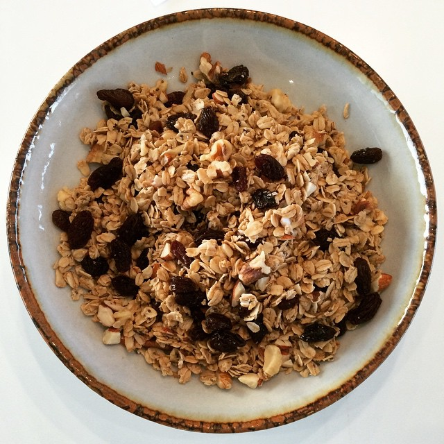 Homemade #Gruesli! I made up the word myself (I think ;). It's a mix between #granola and #muesli ;). Doesn't sound so lazy, right? Wrong! This recipe is super easy. Cooking time: ~25-30min. 1)Mix the following in a large bowl: -2 tbsp of olive oil (or coconut) -2 tbsp agave syrup (or maple) -1 tsp vanilla extract -1 tbsp chia seeds (or flax, or hemp)  -a pinch of salt  -a pinch of cinnamon (or nutmeg)  2)Add 1 cup of rolled oats, slowly coating it with the mix  3)Add ¼ cup of nuts (walnuts, pecans, or almonds are my favorite)  4)Spread on a pan and bake at 300F for 8 mins. Stir and bake for another 8 mins or until golden brown.  5)Last but not least, add ¼ cup of dried fruit (raisins, apricots, cranberries, ginger, etc)  Serving size: ¼ cup  Servings: ~6-7  #granola #homemade #lowsugar #highfiber #muesli #gruesli #bushwick #bushwicknutrition