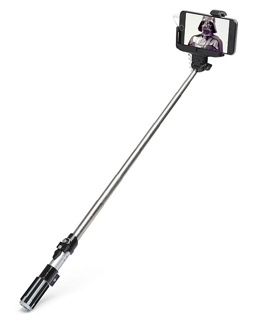 star-wars-selfie-stick-light-saber.png