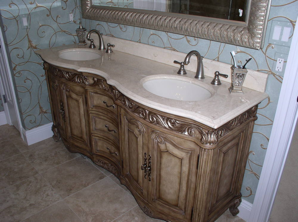 24-Master-Bath-Furniture-Vanity.jpg