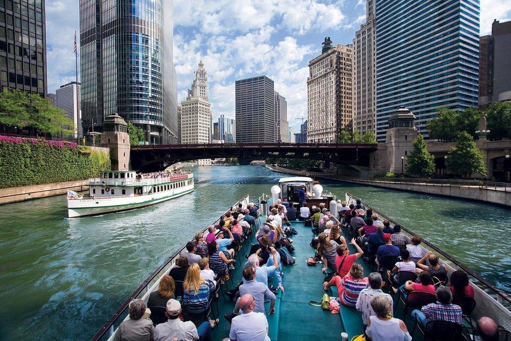 chicago boat tour.jpg