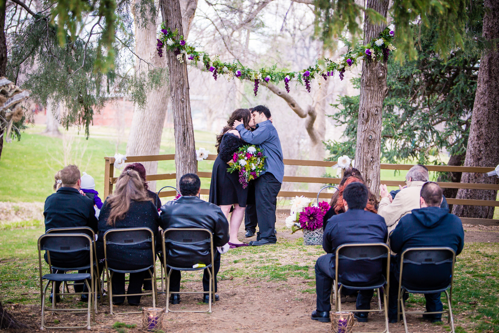 You may kiss the bride at Glenmere Park