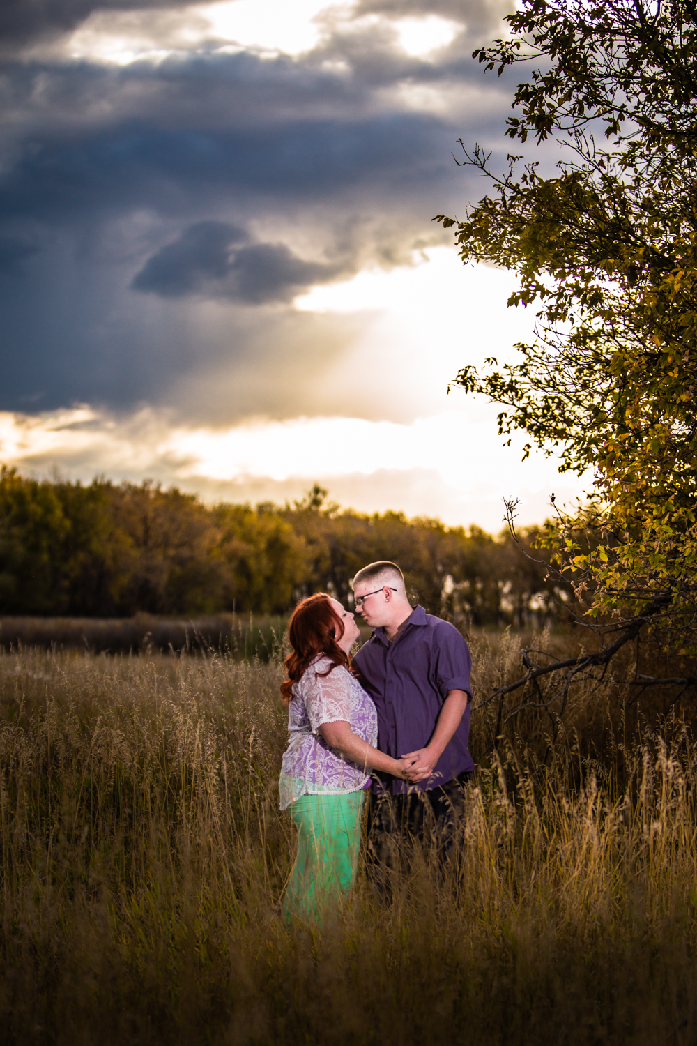 Sunset engagements at Sandstone Ranch Park in Longmont Colorado.