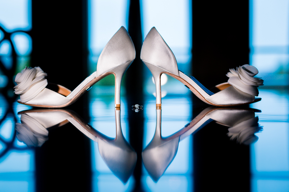 Bride's wedding shoes  www.jmgantphotography.com