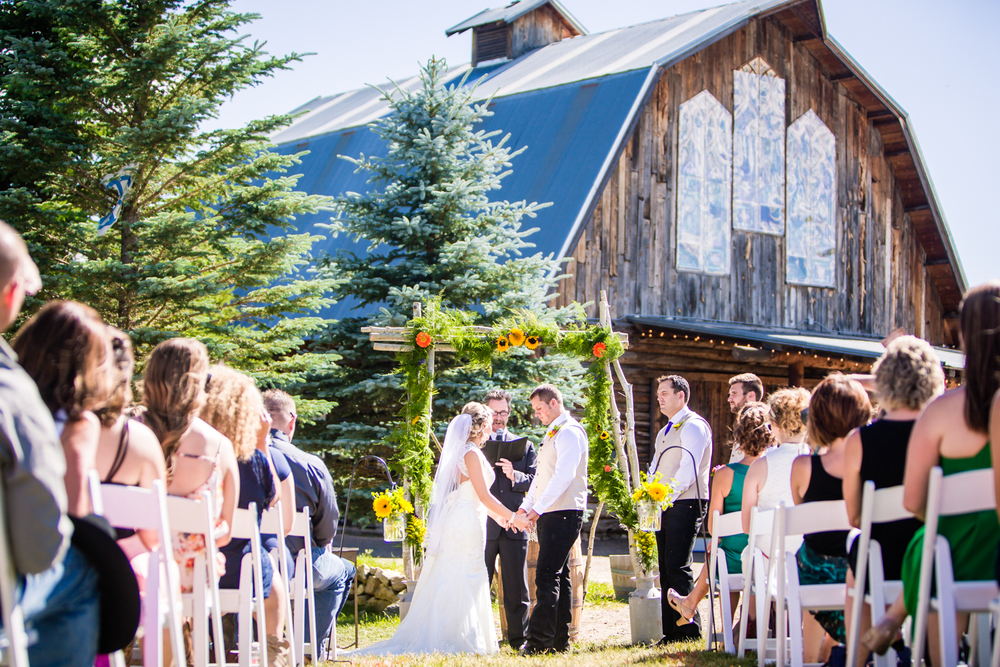 The barn at Evergreen Memorial. Photographed by JMGant Photography.