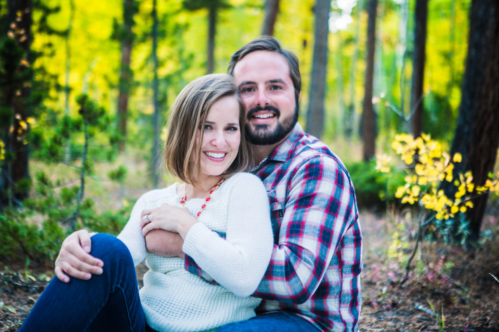 Fall engagement pictures taken in Estes Park Colorado by JMGant Photography.