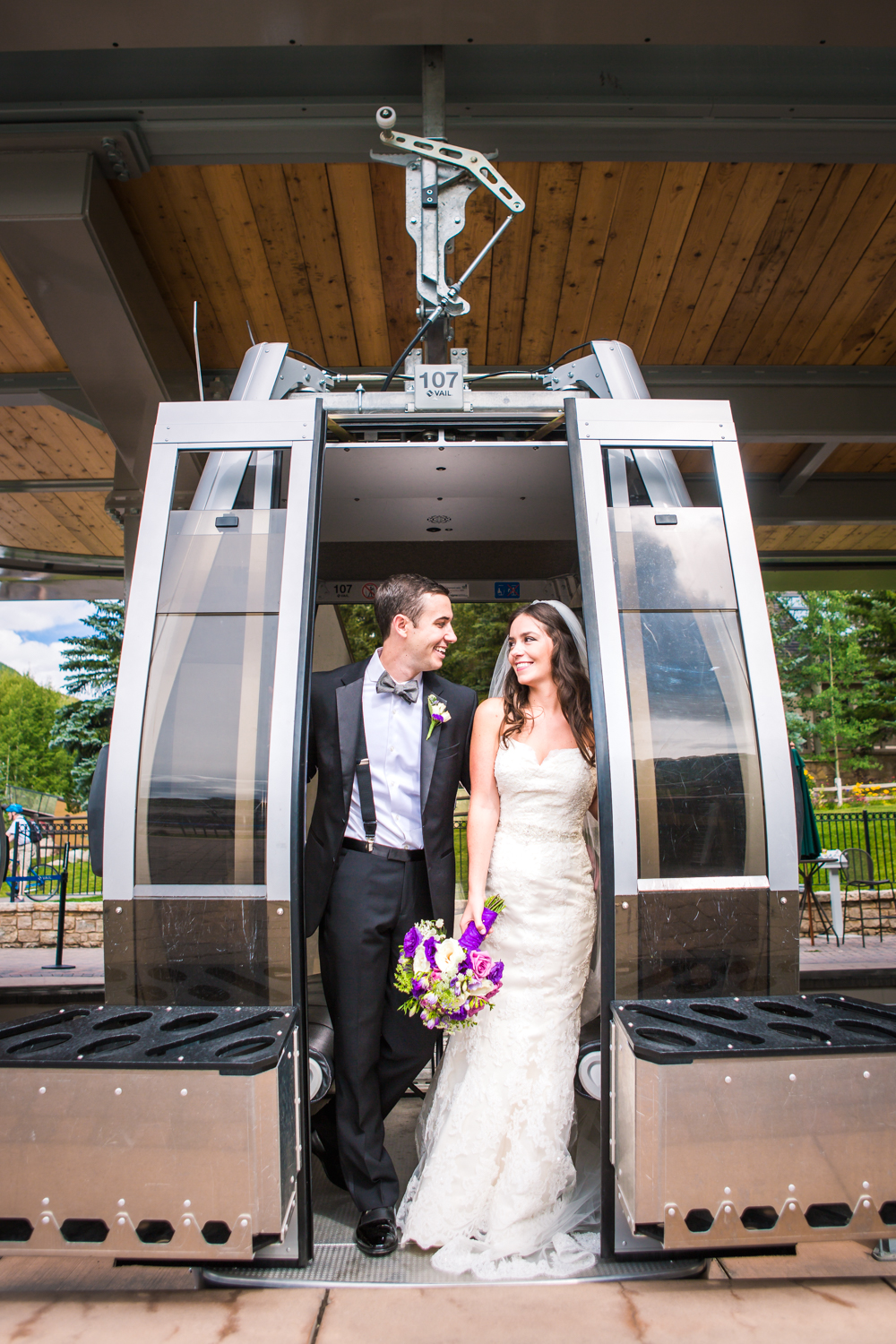 Riding the gondola up to The 10th Restaurant for a Vail Colorado Wedding photographed by JMGant Photography.
