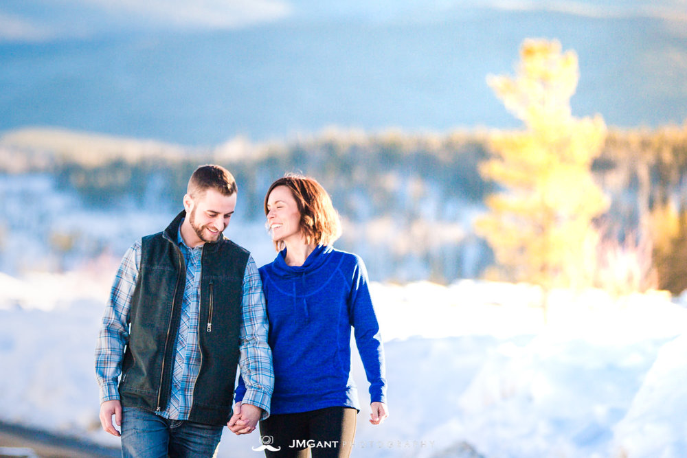 Scenic engagement photoshoot in Winter Park