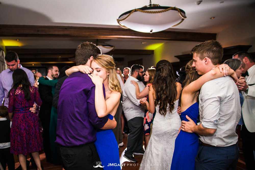 Vail Colorado Wedding | Reception | Colorado wedding photographer | © JMGant Photography | http://www.jmgantphotography.com/