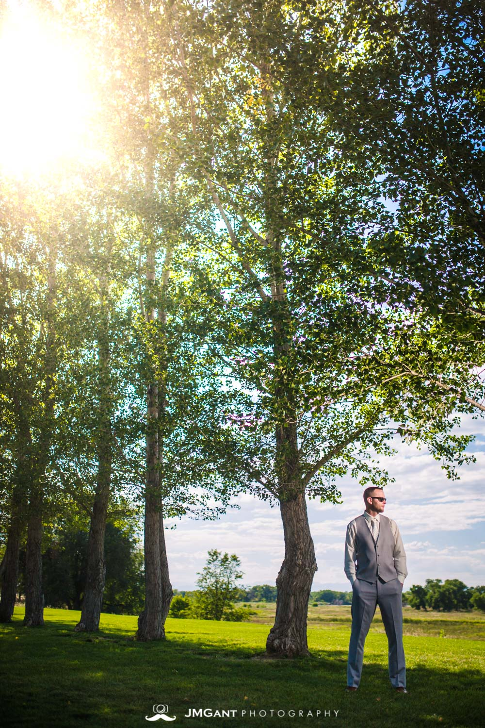 Platte River Fort Wedding | Groom wearing Ray Bans | Greeley Colorado wedding photographer | © JMGant Photography | http://www.jmgantphotography.com/