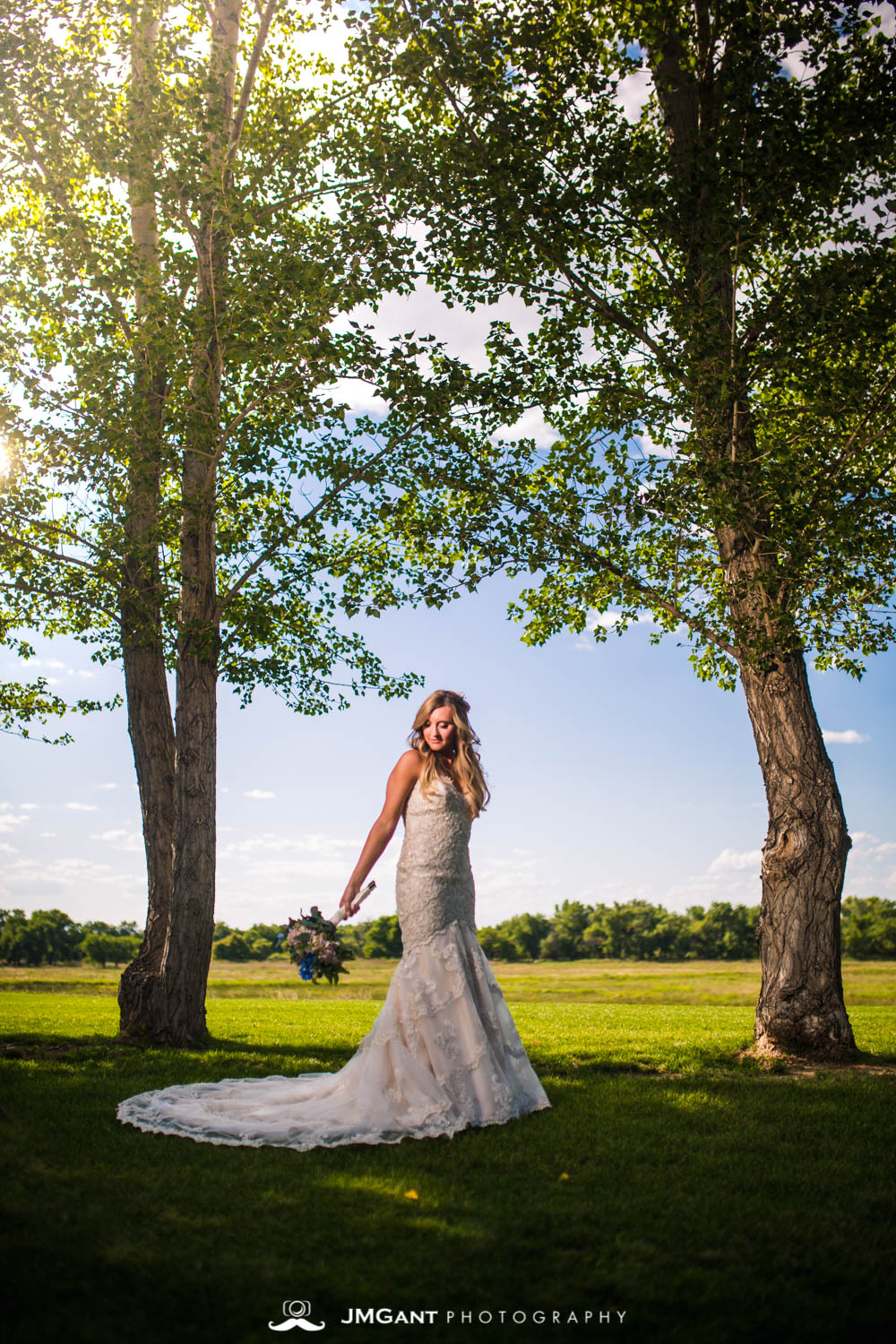 Platte River Fort Wedding | Bridals on a sunny day | Greeley Colorado wedding photographer | © JMGant Photography | http://www.jmgantphotography.com/
