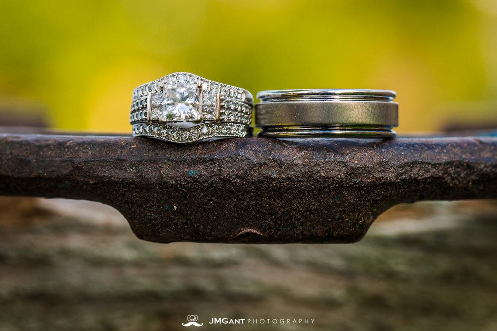 Platte River Fort Wedding | wedding rings | Greeley Colorado wedding photographer | © JMGant Photography | http://www.jmgantphotography.com/