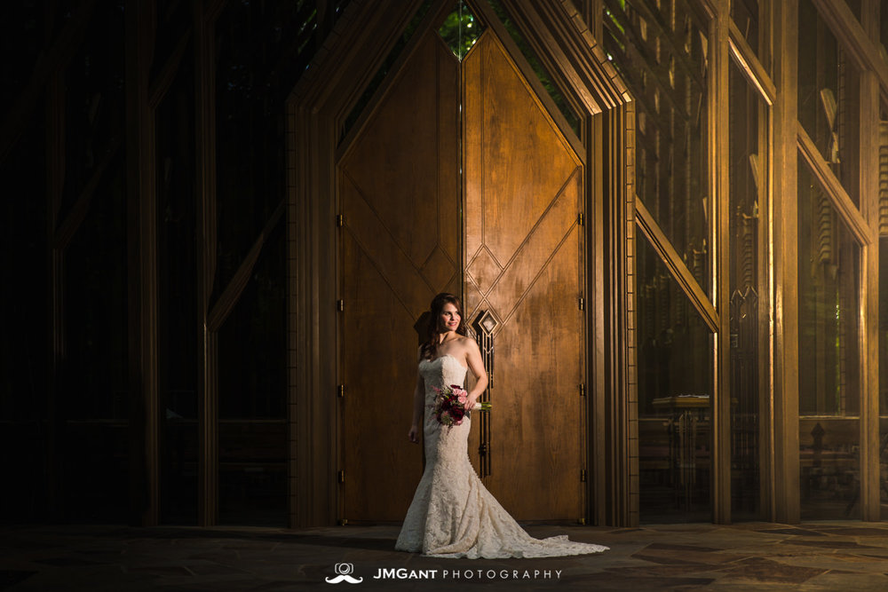 Anthony Chapel Wedding | bridals |  Hot Springs Arkansas Wedding photographer | © JMGant Photography | http://www.jmgantphotography.com/