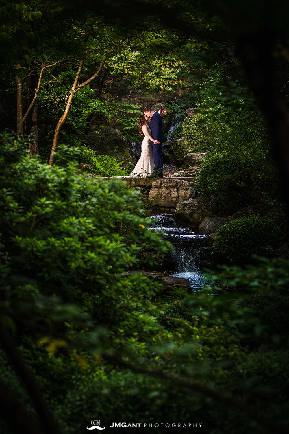 Anthony Chapel Wedding | bride and groom formals at Garvan Woodland Gardens |  Hot Springs Arkansas Wedding photographer | © JMGant Photography | http://www.jmgantphotography.com/