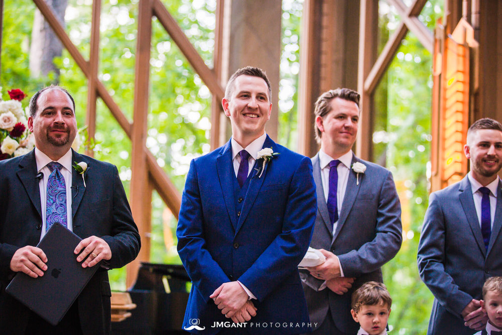 Anthony Chapel Wedding | Ceremony | Hot Springs Arkansas Wedding photographer | © JMGant Photography | http://www.jmgantphotography.com/